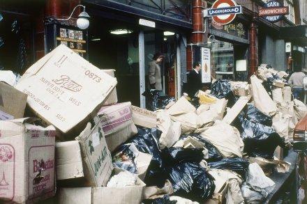 Londra 1979 Çöpçüler Grevi'nden bir kare...