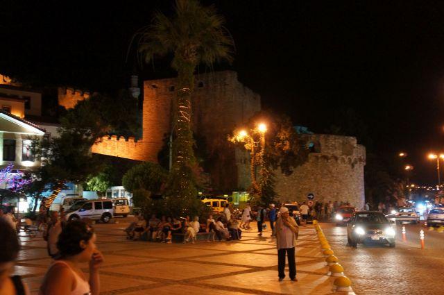 Çeşme Kalesi (Fotoğraf: Özgür Yüzak)